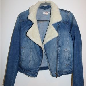 Jean Jacket with Fur Lining